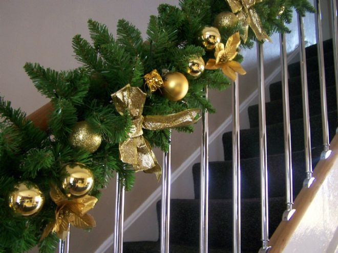 Luxury 1.8m Extra Thick Gold Bauble Poinsettia Bow Christmas Garland Swag 6ft ++